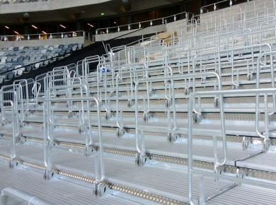 Solara seats on outdoor telescopic unit